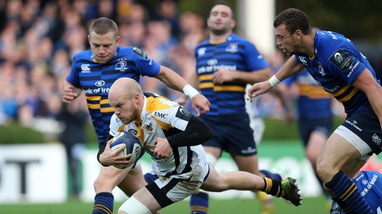 Joe Simpson scores Wasps' second try against Leinster