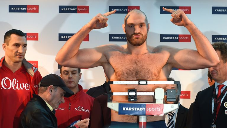 Wladimir Klitschko watched Tyson Fury on the scales