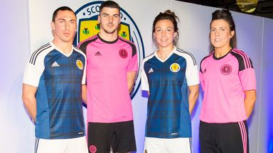 Scott Brown (left) at the launch of the new Scotland kit