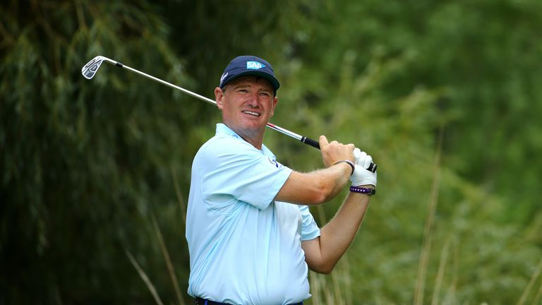 Ernie Els birdied the last hole to avoid missing the cut