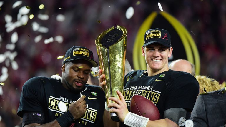 how long is a college football quarter college football scores alabama