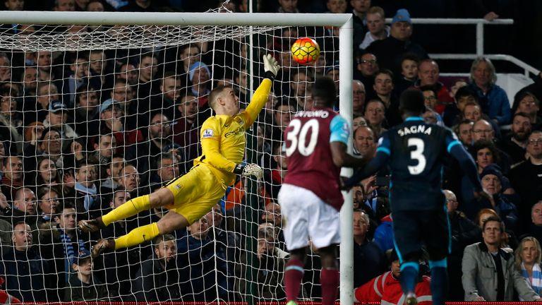 Manchester City goalkeeper Joe Hart saves a shot against West Ham