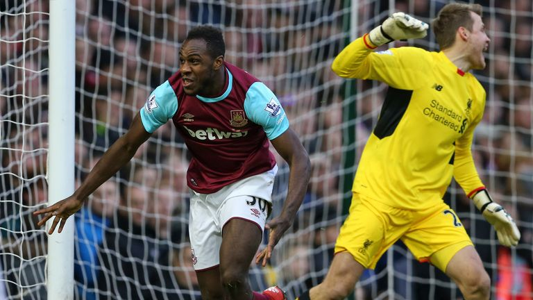West Ham's Michail Antonio could play in an unfamiliar right-back role