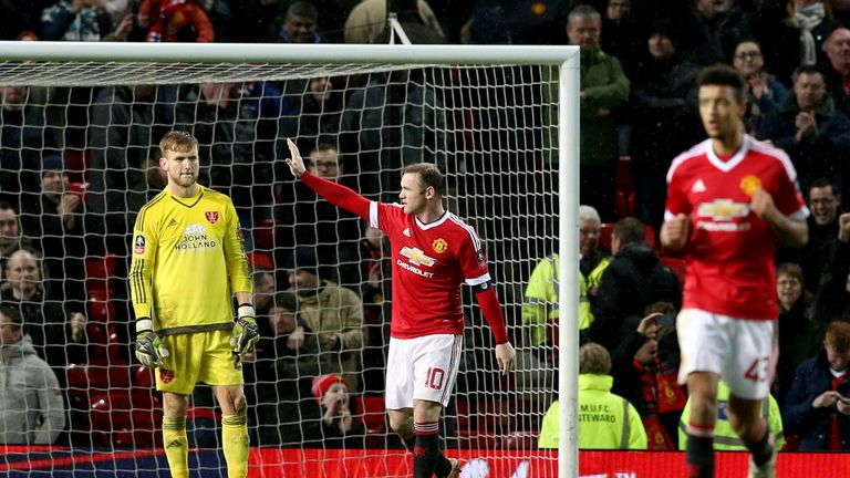 Wayne Rooney scored from the spot in stoppage time to win it