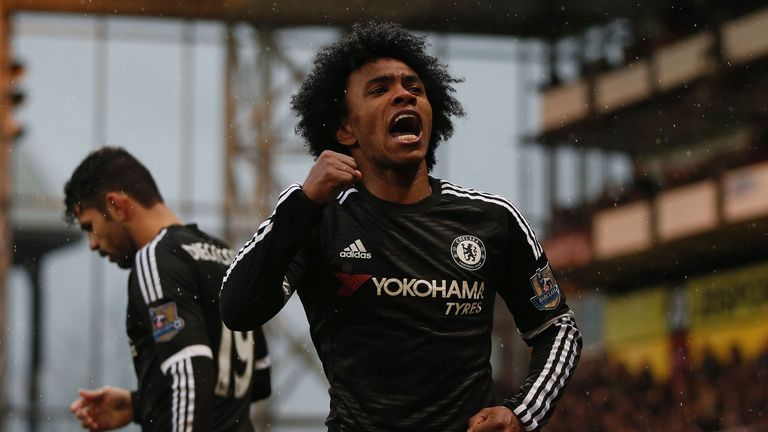 Chelsea's Brazilian midfielder Willian has been praised by Hiddink