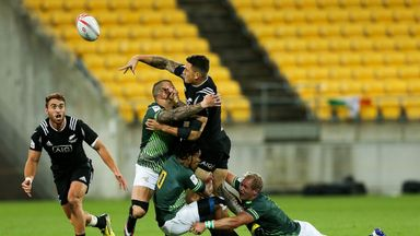 Sonny Bill Williams offloads to Joe Webber during New Zealand's 24-21 victory over South Africa
