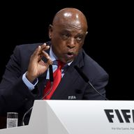 Tokyo Sexwale has pulled out of the FIFA presidential election