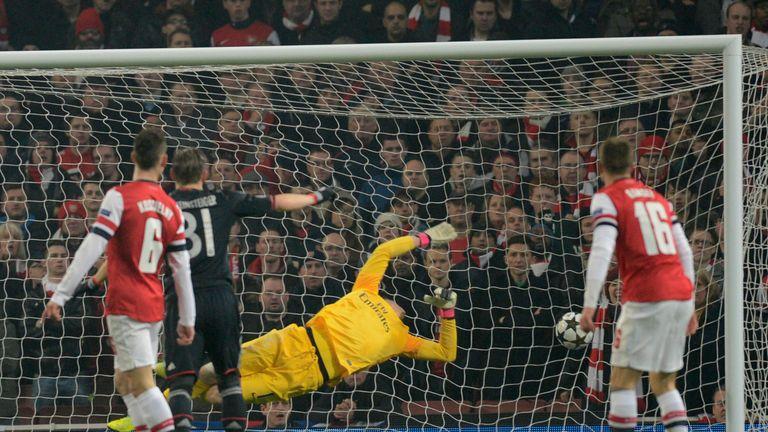 Wojciech Szczesny couldn't keep out Bayern Munich's Toni Kroos