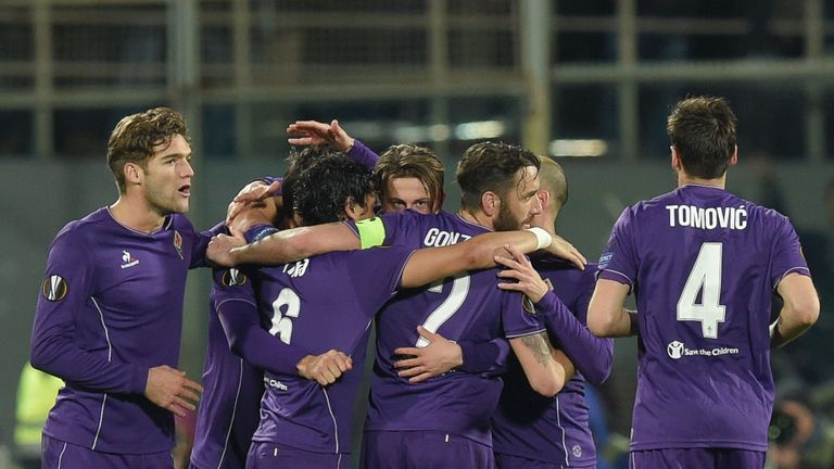 Fiorentina celebrate their equaliser against Spurs