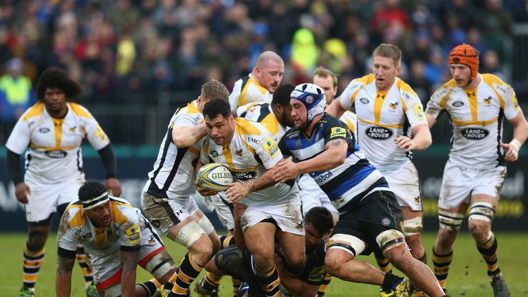 George Smith of Wasps makes a break against Bath