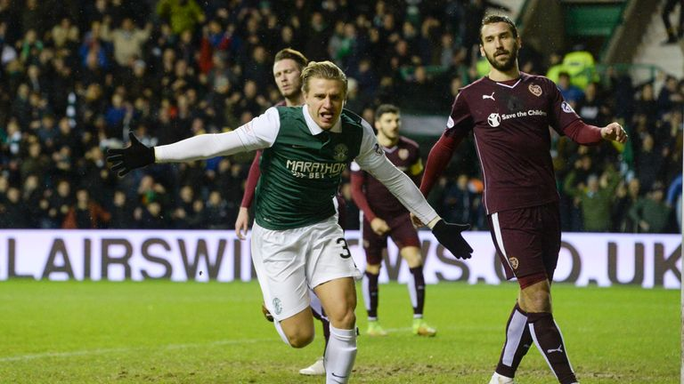 Hibernian's Jason Cummings celebrates his goal
