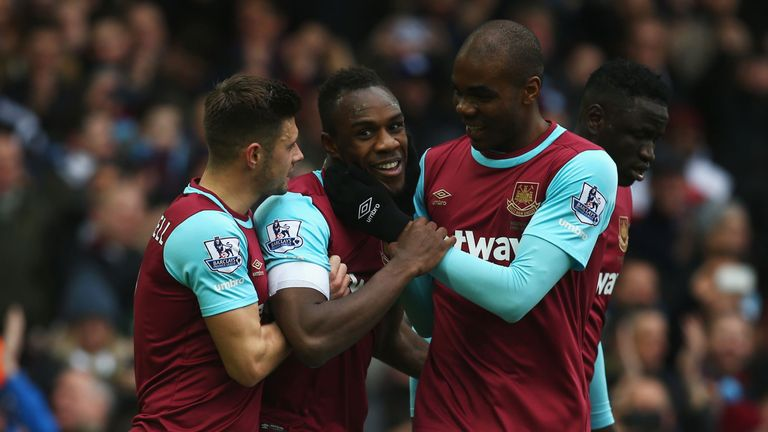 Michail Antonio (centre) scored as West Ham secured a 1-0 win over Sunderland at Upton Park