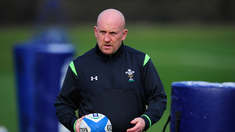 Wales coach Shaun Edwards has joined the Cardiff Blues as a defence consultant