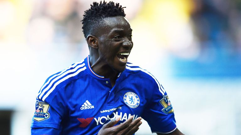 Lyon sign Traore from Chelsea