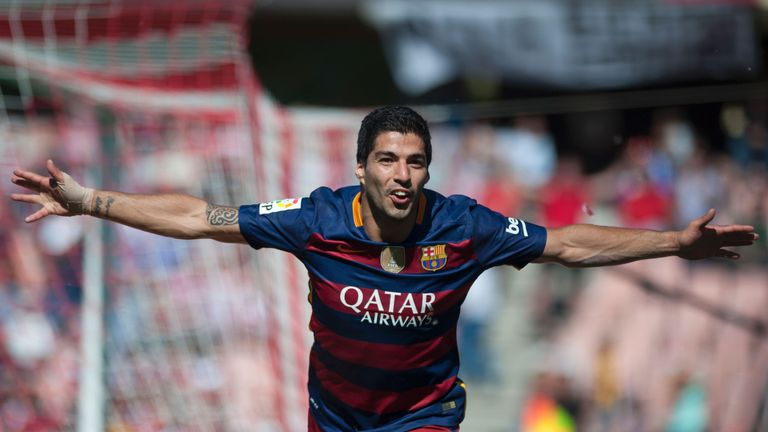 Arsenal bid £40m and a pound in an attempt to sign Luis Suarez from Liverpool in 2013