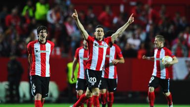 Aritz Aduriz celebrates after helping ​Bilbao secure fifth place