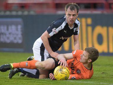 Paul McGowan and Paul Dixon get in a tangle