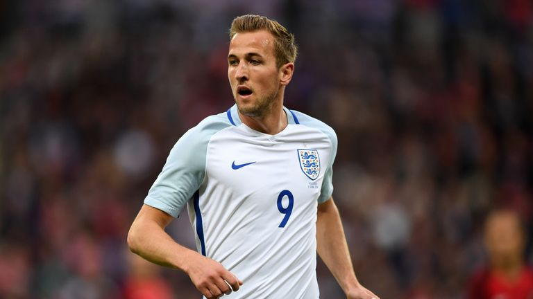 Harry Kane urges referees to 'stay strong' for England at Euro 2016 ...