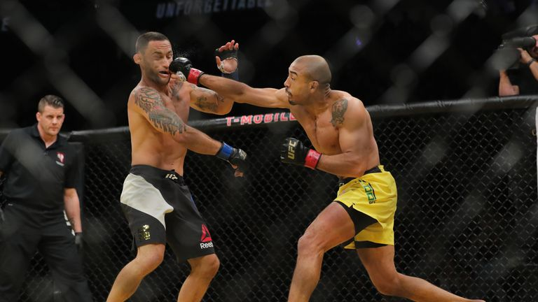 Aldo beat Frankie Edgar UFC 200 to secure the interim title