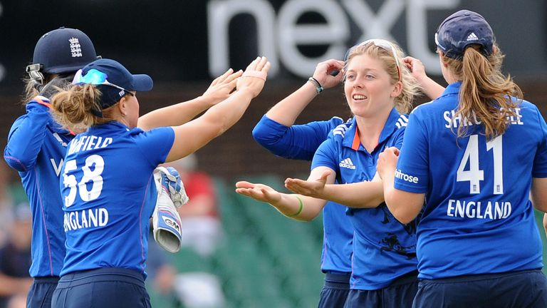 Heather Knight (2nd right) is looking to captain England to Women's World Cup glory