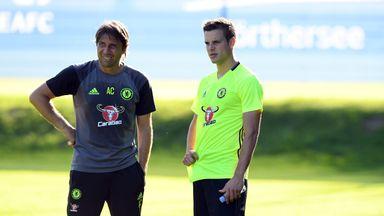 Antonio Conte and Cesar Azpilicueta during a Chelsea training session