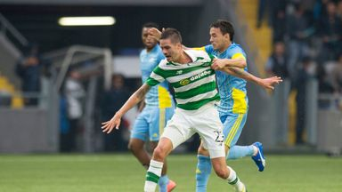 Mikael Lustig is now contracted to Celtic until 2019