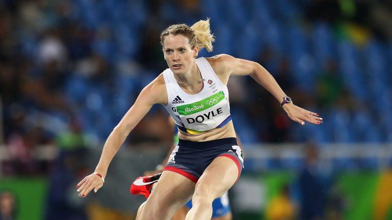 Eilidh Doyle through to 400m hurdles semi-final