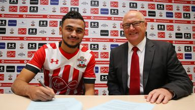 Sofiane Boufal has signed a five-year contract at Southampton
