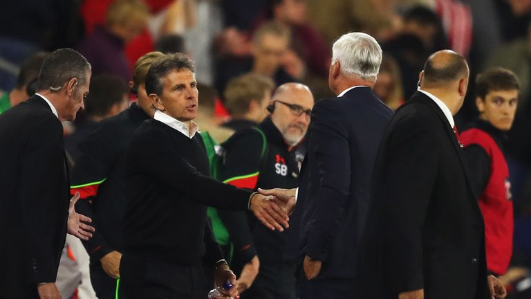 Claude Puel shakes hands with Alan Pardew after Southampton's win