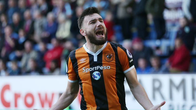 Robert Snodgrass is out of contract next summer