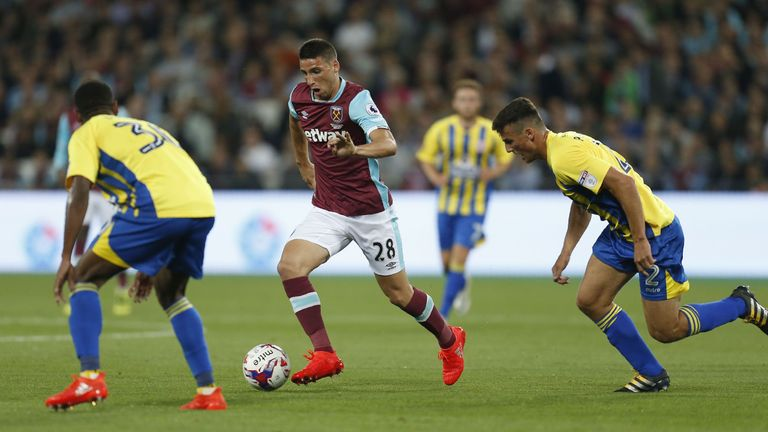 Jonathan Calleri takes on the Stanley defence