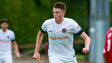 Harry Souttar in action for Dundee United