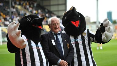 Jackie Sewell poses with Notts County's Mr and Mrs Magpie