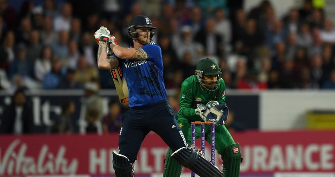 Pakistan wins 5th ODI to avoid series sweep for England