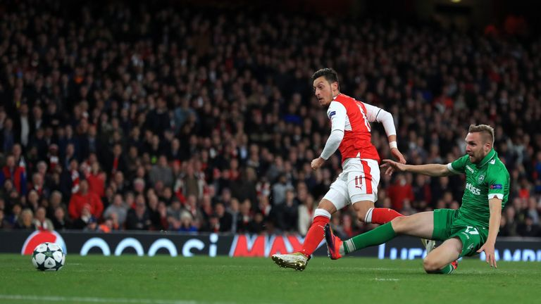 Ozil scores Arsenal's fourth goal
