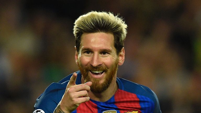 Messi celebrates his 37th Barcelona hat-trick