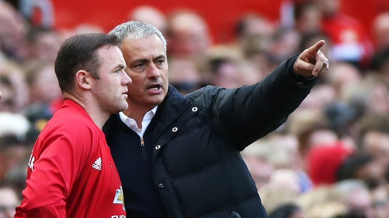 Wayne Rooney believes Jose Mourinho will mount a Premier League title challenge  at Manchester United this season