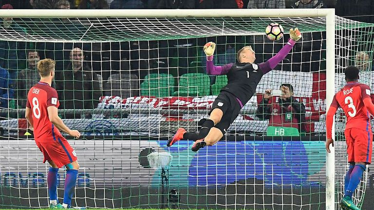 Hart shines as disappointing England draws 0-0 at Slovenia