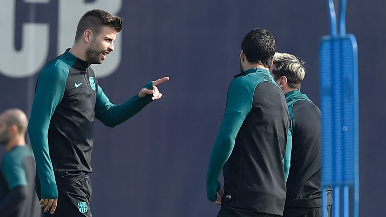 Pique looks in better humour after the incident