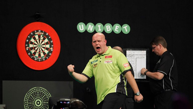 world grand prix darts live scores