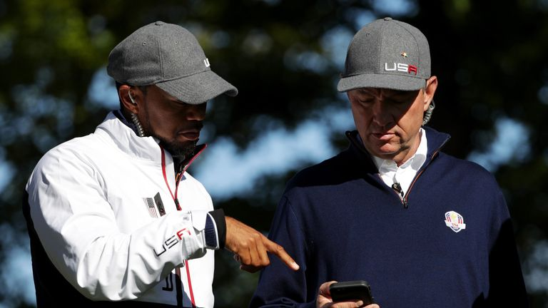 Woods has been in regular communication with Love during the tournament