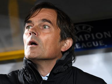 Phillip Cocu's side missed the chance to close on the leaders