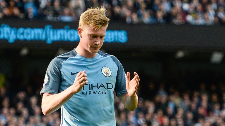 Kevin De Bruyne reacts after missing a penalty against Everton