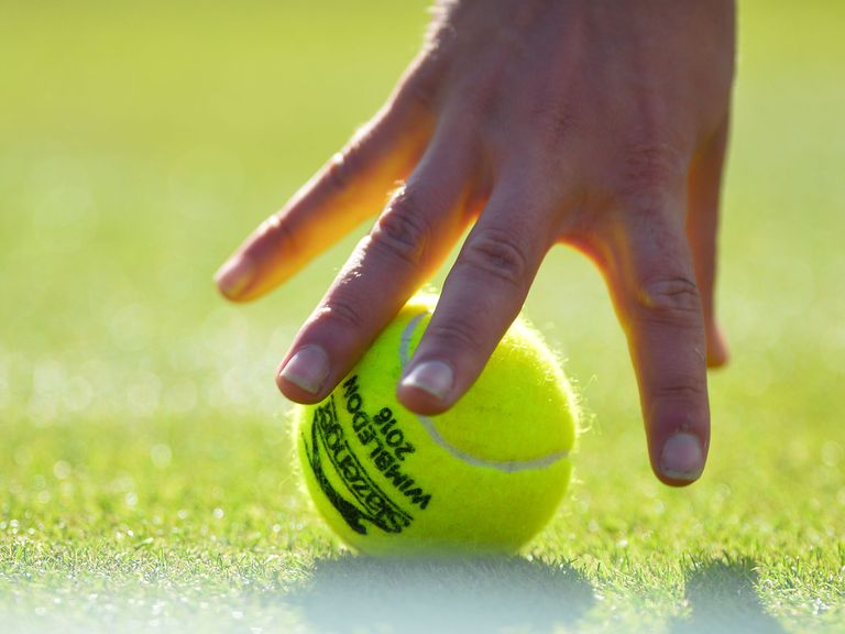 Investigators look at Wimbledon match over possible fix