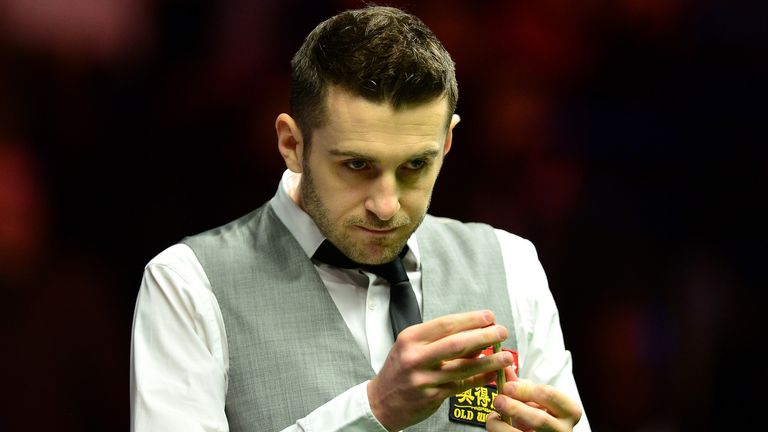 Mark Selby beats Ronnie O'Sullivan in UK Championship final