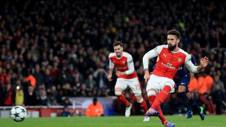 Arsenal's Olivier Giroud equalises just before the break