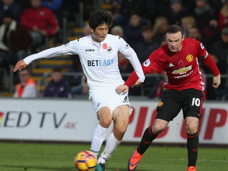 Bradley wants Swansea to pull together
