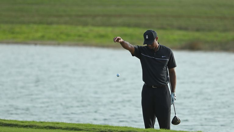 Tiger Woods double-bogeyed two of the last three holes to sign for a 73