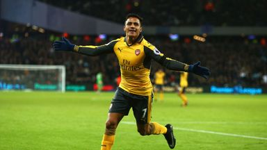 Alexis Sanchez of Arsenal celebrates