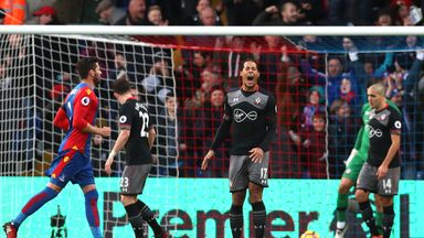 LONDON, ENGLAND - DECEMBER 03:  Virgil van Dijk (C) of Southampton reacts after Crystal Palace's second goal during the Premier League match between Crysta